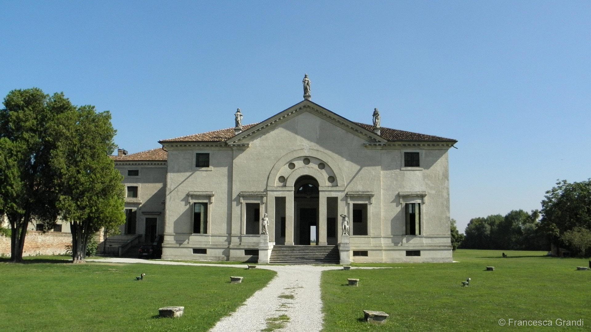 Veneto movenice for Casa moderna venezia